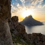 Hiking kalymnos by Stahis Klimis